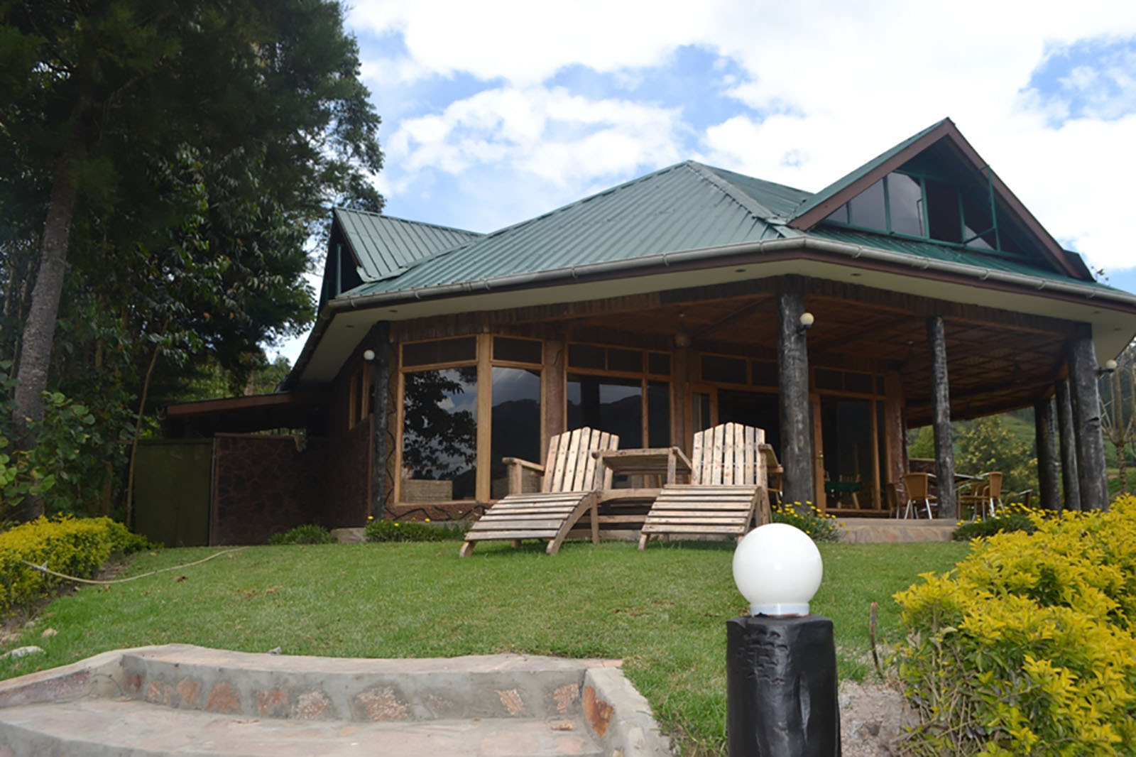 HOTEL AND LODGES RESERVATIONS